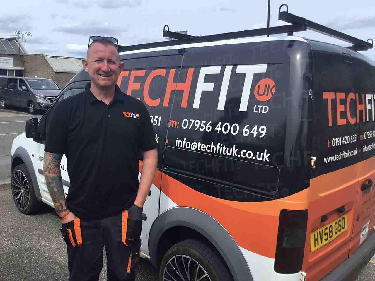 Techfit UK - Glenn Skelton stood next to van2